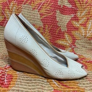 Anthro Pilcro And The Letterpress Peep Toe Wedges